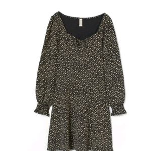 New H&M long sleeve floral jersey dress